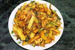 Aloo Parwal ki Bhujia Recipe - आलू-परवल की चटपटी भुजिया इस तरह बनाएंगे, तो चाटते रह जाएंगे उंगलियां