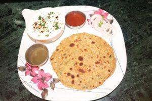 Pyaz ka Paratha Recipe